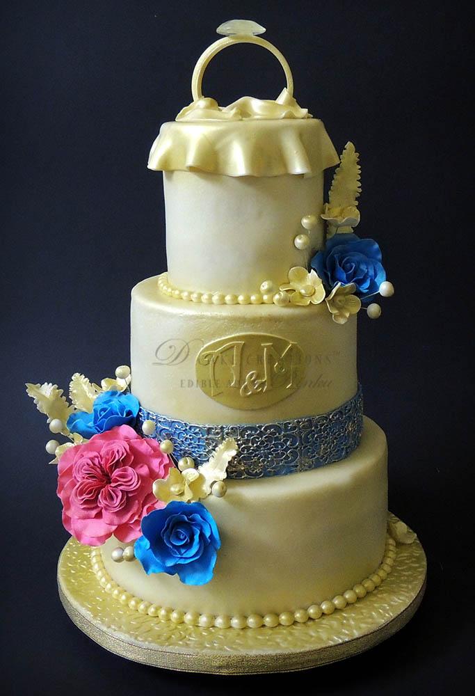 Ring Topper Gold Cake
