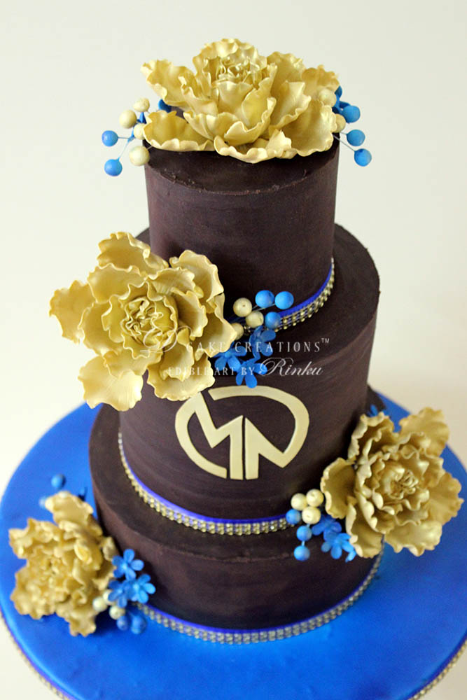 Choco Cake with Golden Peony