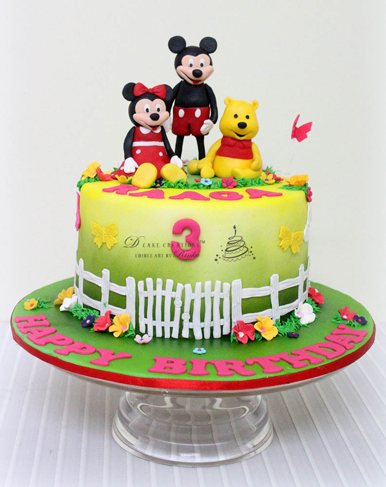 Disney Themed Cakes | www.galleryhip.com - The Hippest Pics